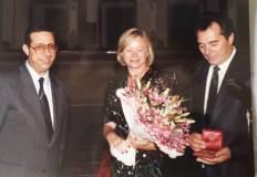 1988: RenatoCasaro riceve un\'onorificenza  del comune di Treviso
